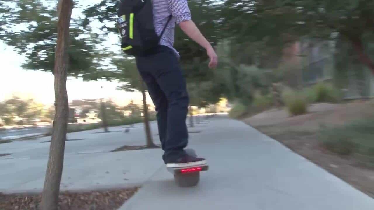 Skate électrique à une seule roue 3